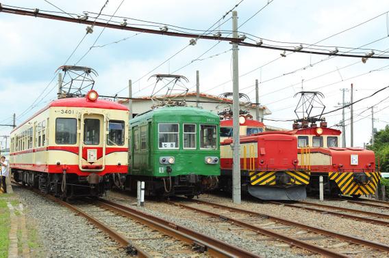 とうてつ電車まつりで勢ぞろいした旧型車両たち