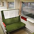 011 普通車座席