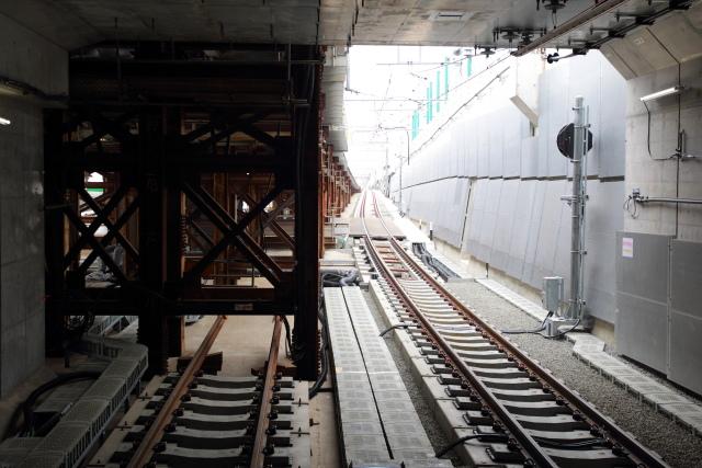 018 代々木上原側トンネル入り口