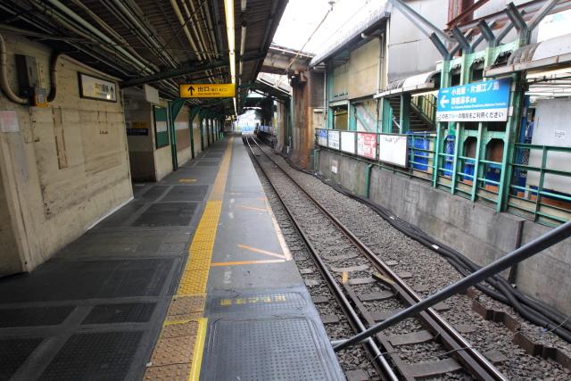 051 旧2番線ホーム(新宿方面)