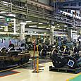 12 台車組み立て工場